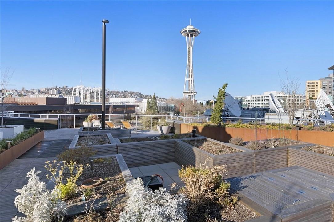 Sold Property   2821 2nd Avenue #905 Seattle, WA 98121 32