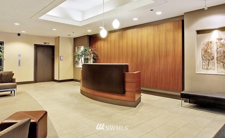 Sold Property   2821 2nd Avenue #905 Seattle, WA 98121 38