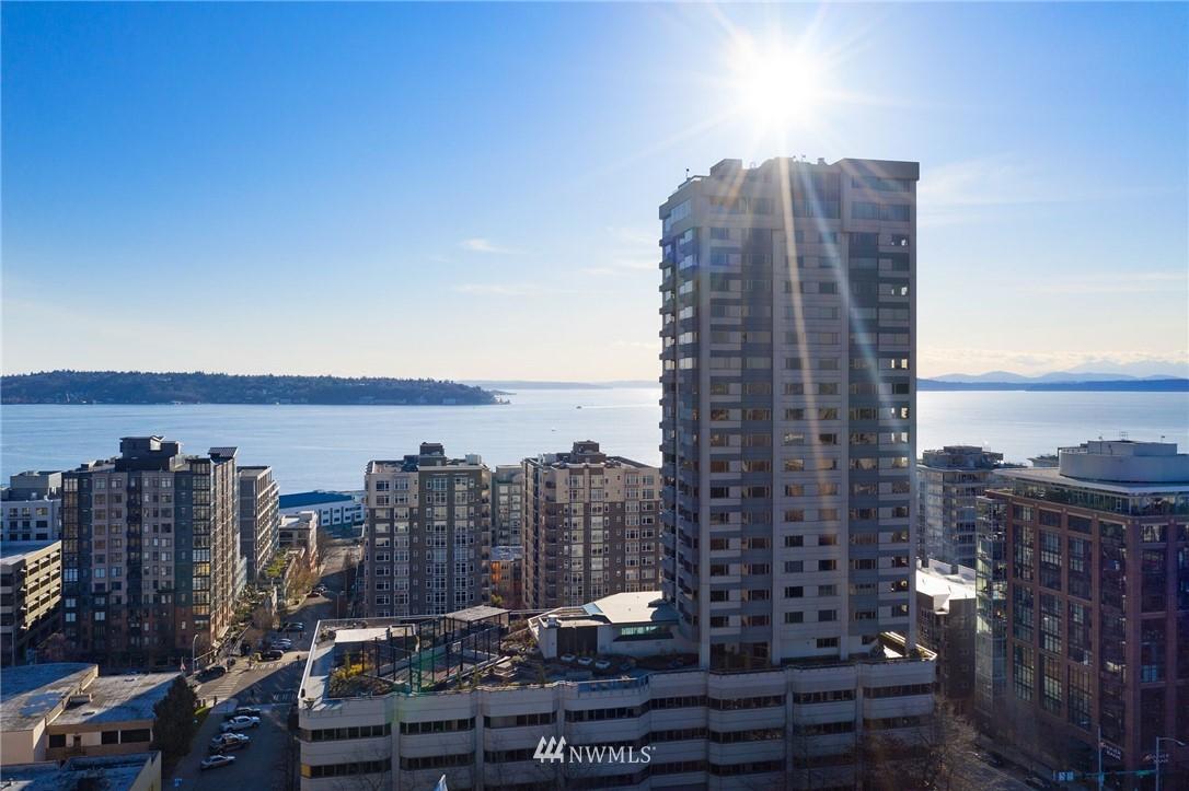 Sold Property   2821 2nd Avenue #905 Seattle, WA 98121 39