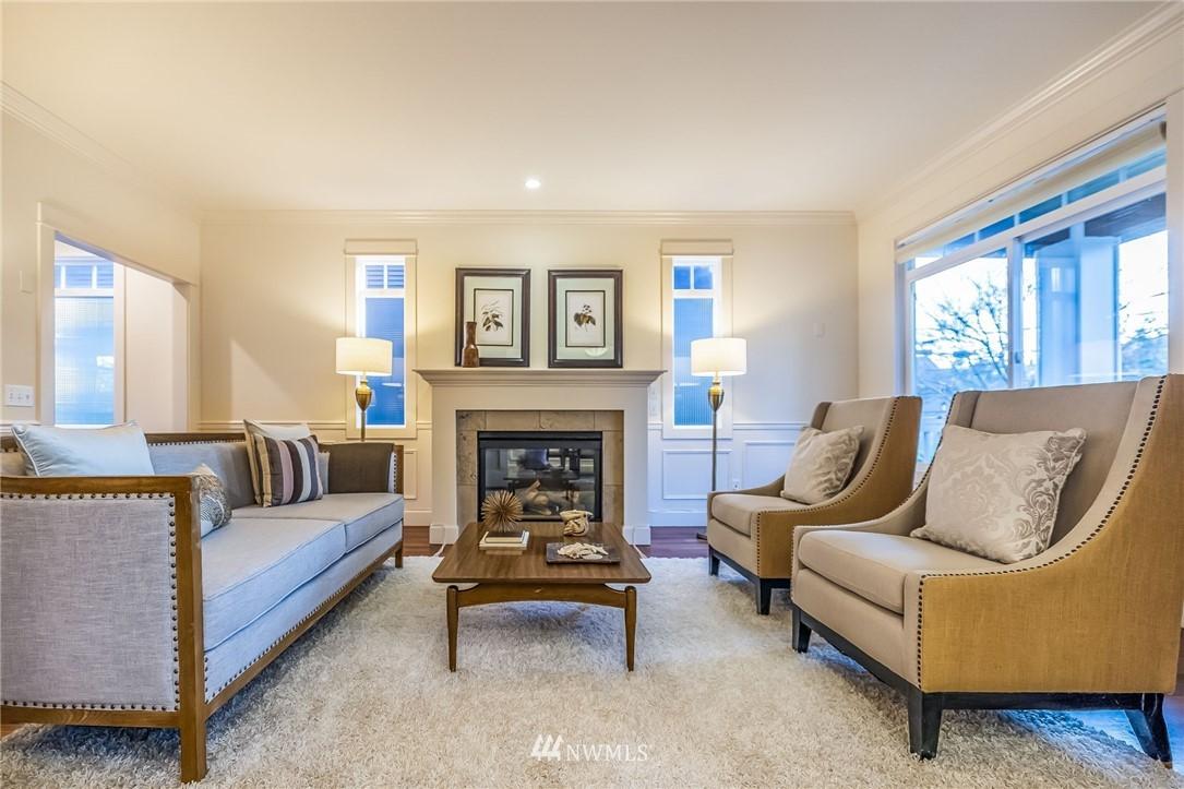 Sold Property | 304 29th Avenue E Seattle, WA 98112 5