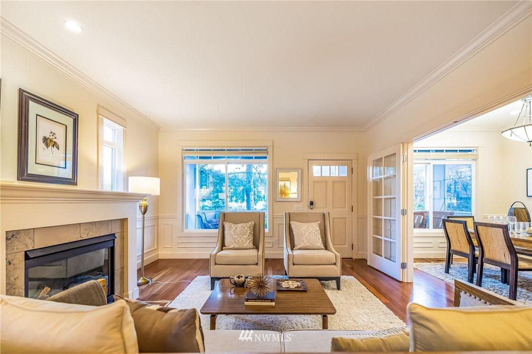 Sold Property | 304 29th Avenue E Seattle, WA 98112 6