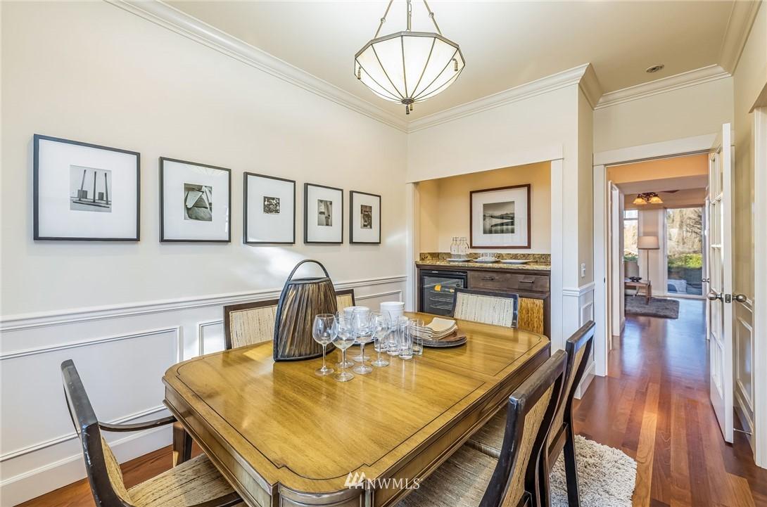 Sold Property | 304 29th Avenue E Seattle, WA 98112 8