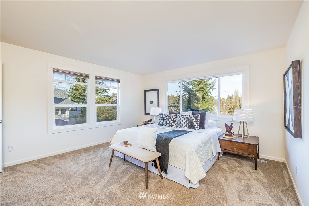 Sold Property | 304 29th Avenue E Seattle, WA 98112 18