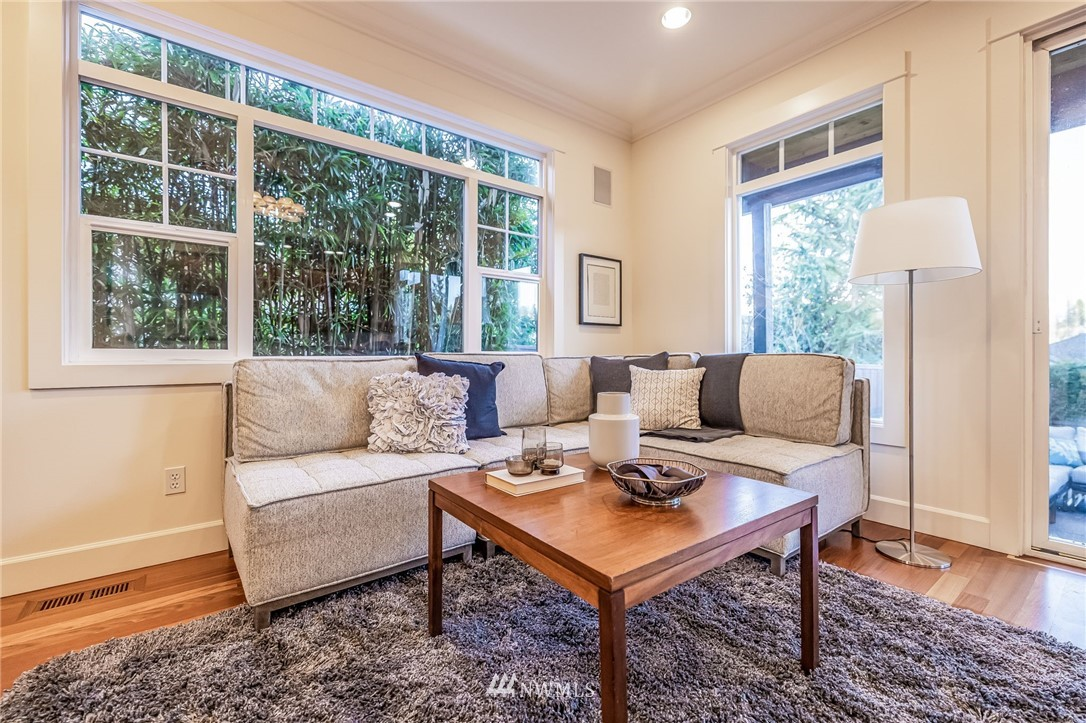 Sold Property | 304 29th Avenue E Seattle, WA 98112 13