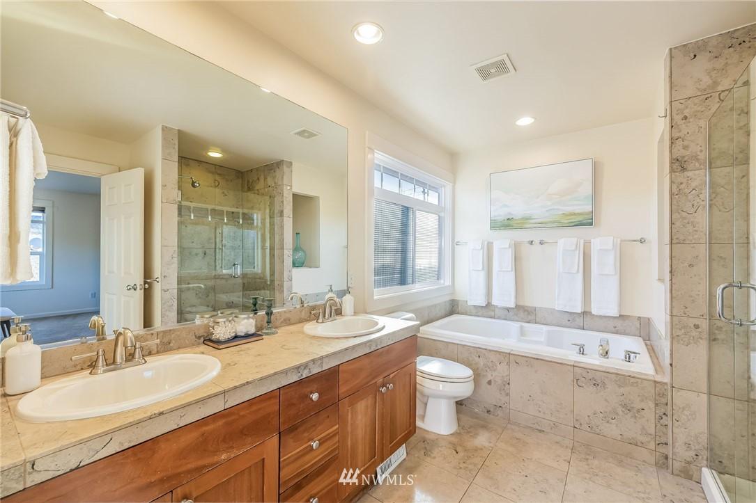 Sold Property | 304 29th Avenue E Seattle, WA 98112 20