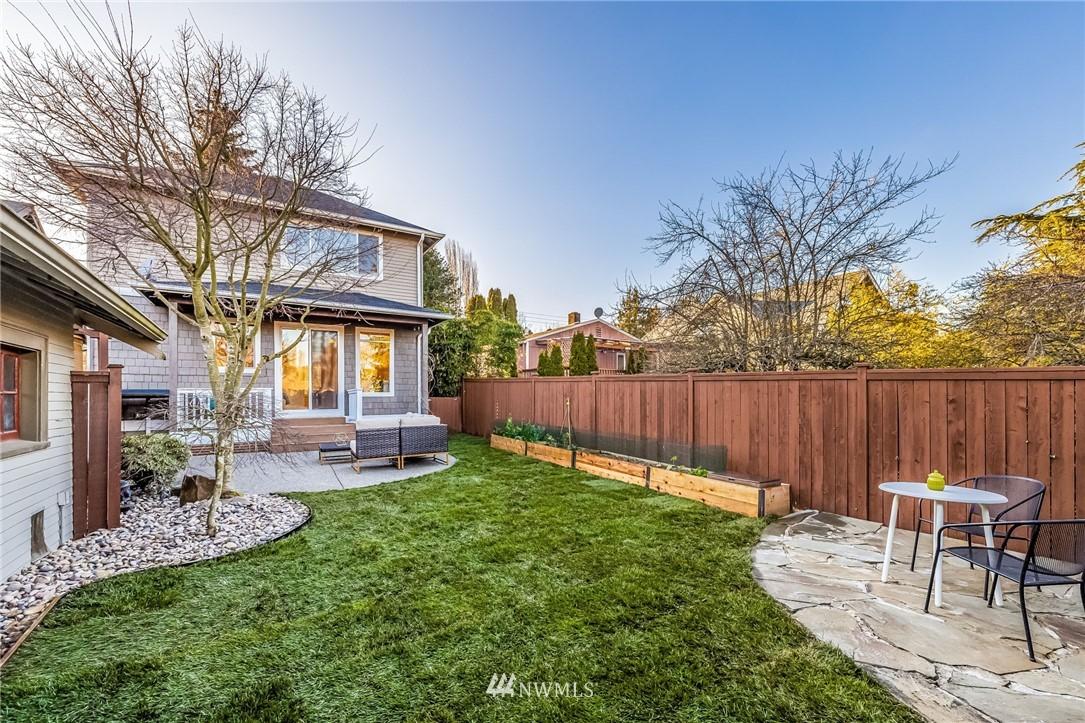 Sold Property | 304 29th Avenue E Seattle, WA 98112 26