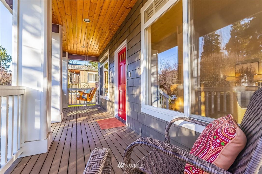 Sold Property | 304 29th Avenue E Seattle, WA 98112 31