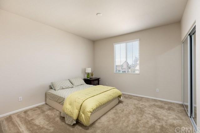 Pending   112 Gaeta Court Beaumont, CA 92223 12