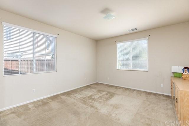 Pending   112 Gaeta Court Beaumont, CA 92223 17