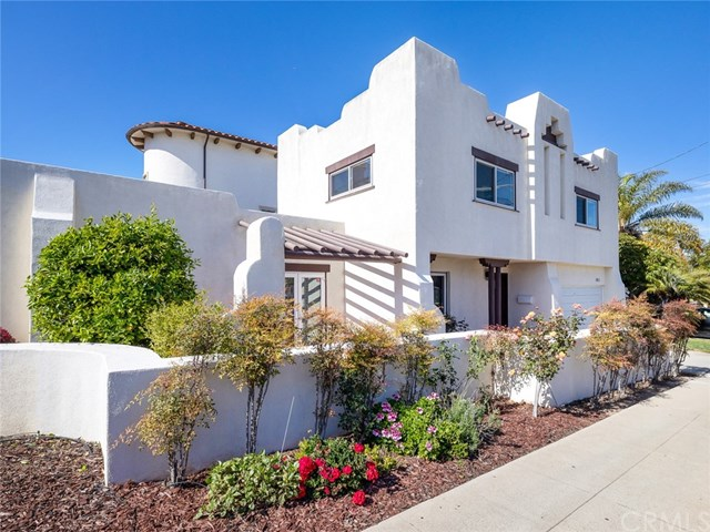 Closed | 1011 Diamond Street Redondo Beach, CA 90277 0
