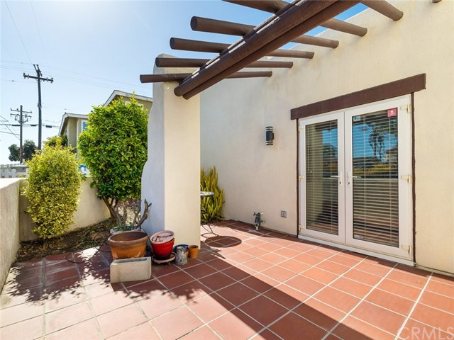 Closed | 1011 Diamond Street Redondo Beach, CA 90277 28
