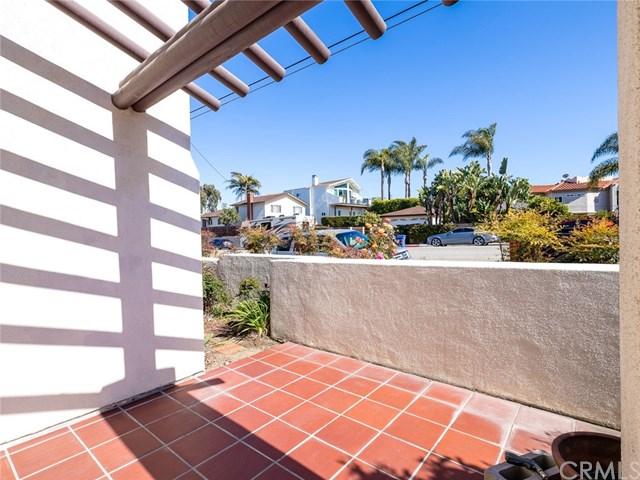 Closed | 1011 Diamond Street Redondo Beach, CA 90277 30
