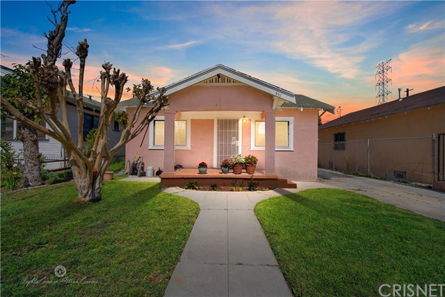 Active Under Contract | 811 W 99th St Los Angeles, CA 90044 0