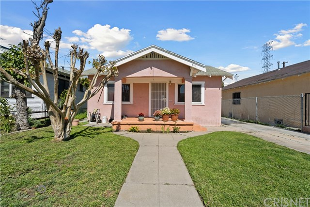 Active Under Contract | 811 W 99th St Los Angeles, CA 90044 1