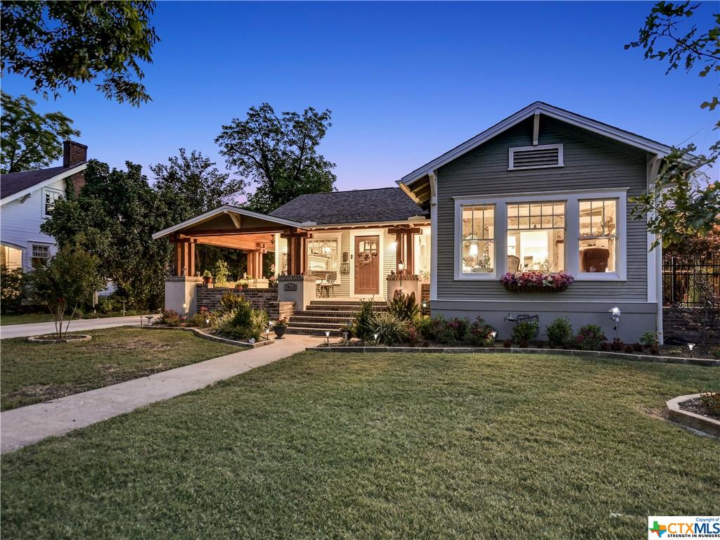 Pending | 1802 S Austin Avenue Georgetown, TX 78626 0