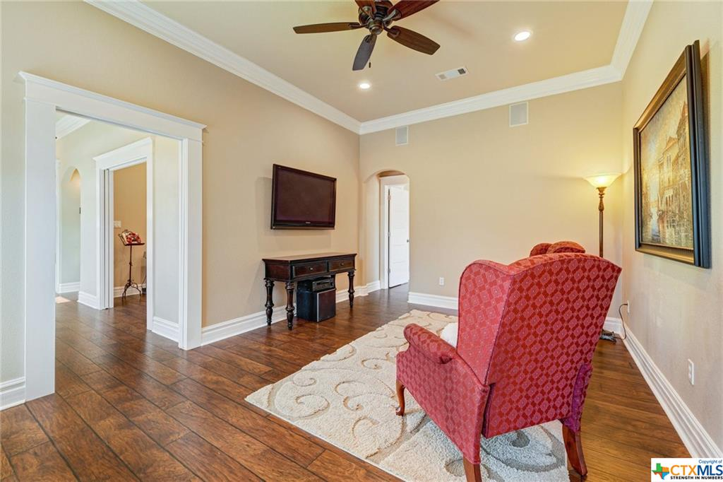 Pending | 1802 S Austin Avenue Georgetown, TX 78626 19