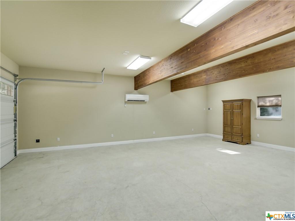 Pending | 1802 S Austin Avenue Georgetown, TX 78626 35
