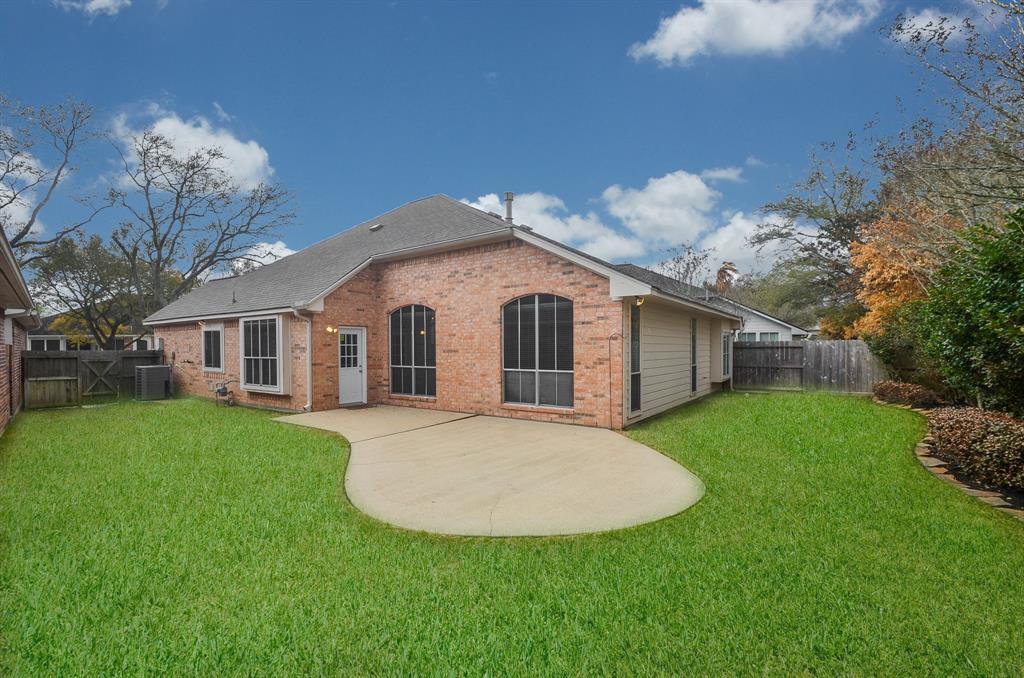 Pending | 523 Avery Drive Sugar Land, Texas 77479 26