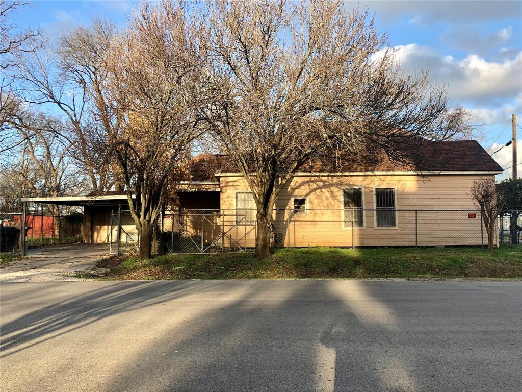 Off Market | 301 Bishop Street Houston, Texas 77009 3