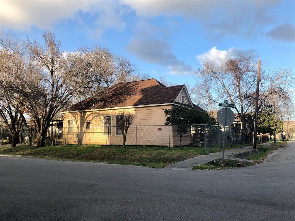 Off Market | 301 Bishop Street Houston, Texas 77009 5