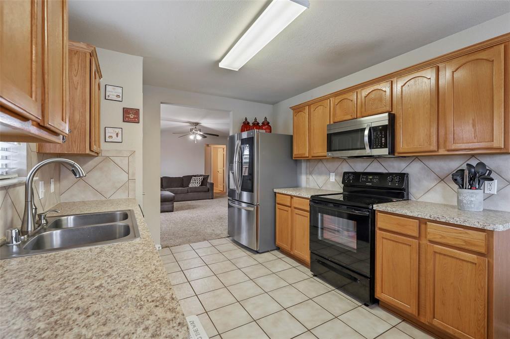 DFW Real Estate | 3306 Glenmore Drive Melissa, Texas 75454 8