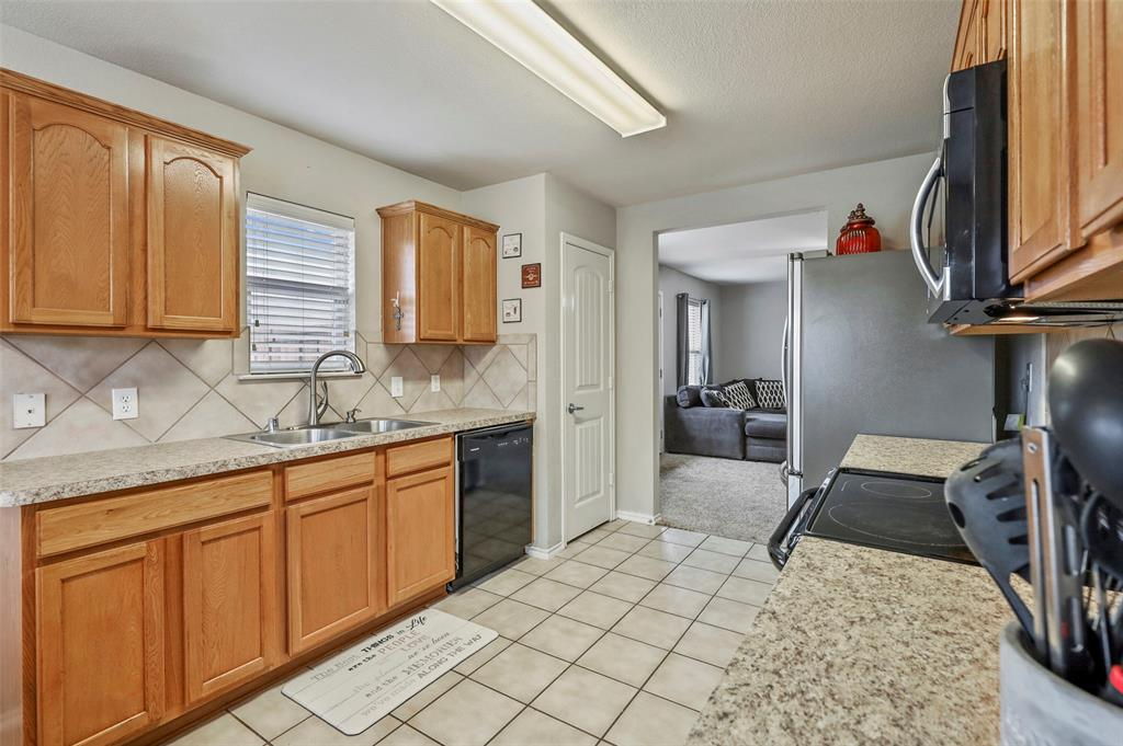 DFW Real Estate | 3306 Glenmore Drive Melissa, Texas 75454 9