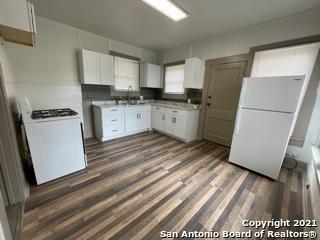 Off Market | 519 W RIDGEWOOD CT San Antonio, TX 78212 8