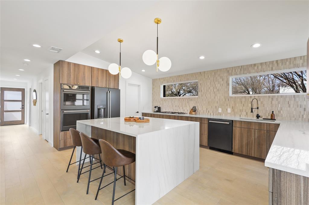 Dallas Luxury Real Estate | 6514 Walnut Hill Lane Dallas, Texas 75230 14