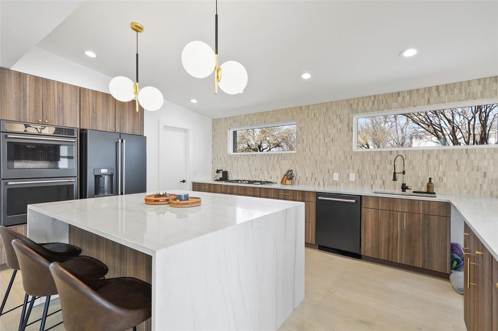 Dallas Luxury Real Estate | 6514 Walnut Hill Lane Dallas, Texas 75230 15