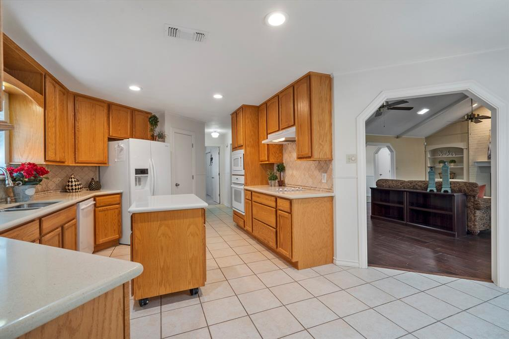 Sold Property | 4429 Quail Hollow Road Fort Worth, Texas 76133 11