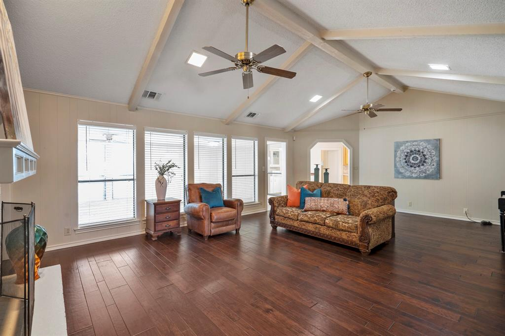 Sold Property | 4429 Quail Hollow Road Fort Worth, Texas 76133 21