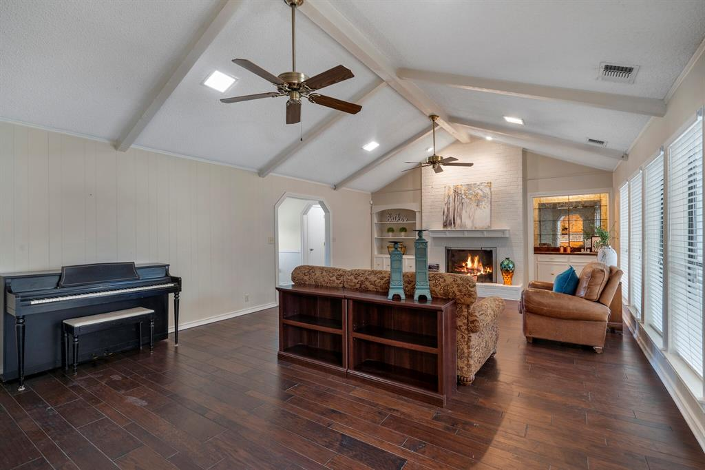 Sold Property | 4429 Quail Hollow Road Fort Worth, Texas 76133 5