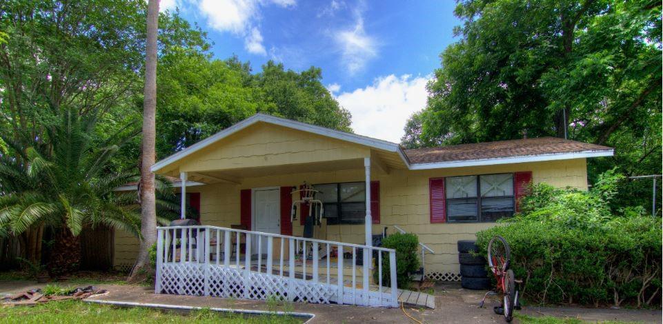 Active | 406 Wakefield Drive League City, Texas 77573 13