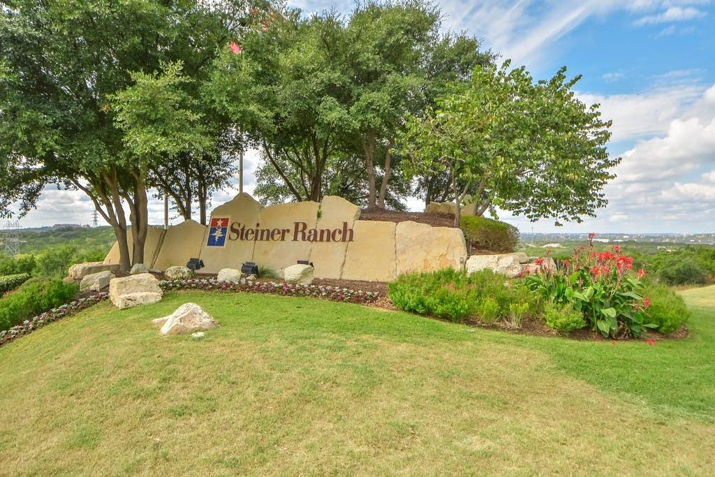 ActiveUnderContract   12725 Appaloosa Chase Drive Austin, TX 78732 31
