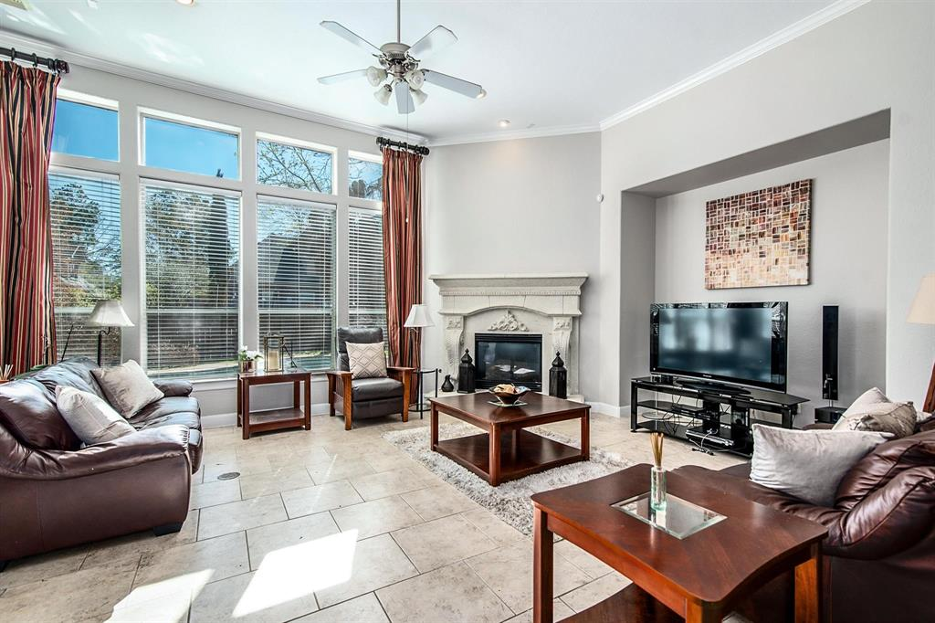 Active | 63 Nocturne Woods Place The Woodlands, Texas 77382 9