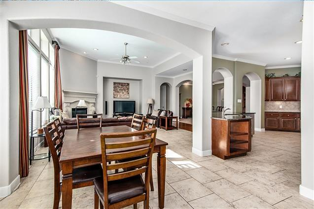 Active | 63 Nocturne Woods Place The Woodlands, Texas 77382 11
