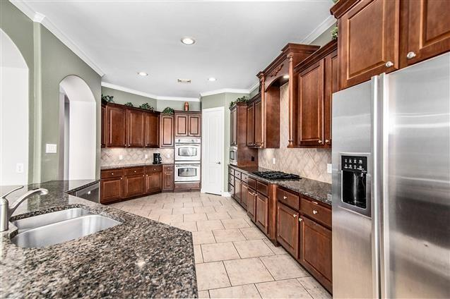 Active | 63 Nocturne Woods Place The Woodlands, Texas 77382 12