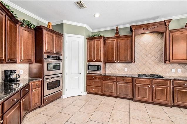 Active | 63 Nocturne Woods Place The Woodlands, Texas 77382 13