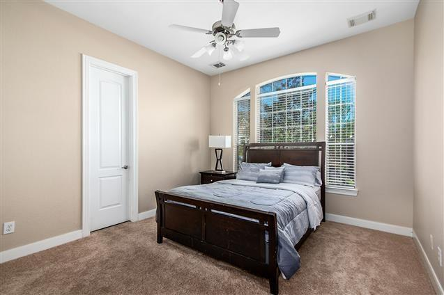 Active | 63 Nocturne Woods Place The Woodlands, Texas 77382 23