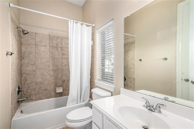 Active | 63 Nocturne Woods Place The Woodlands, Texas 77382 24