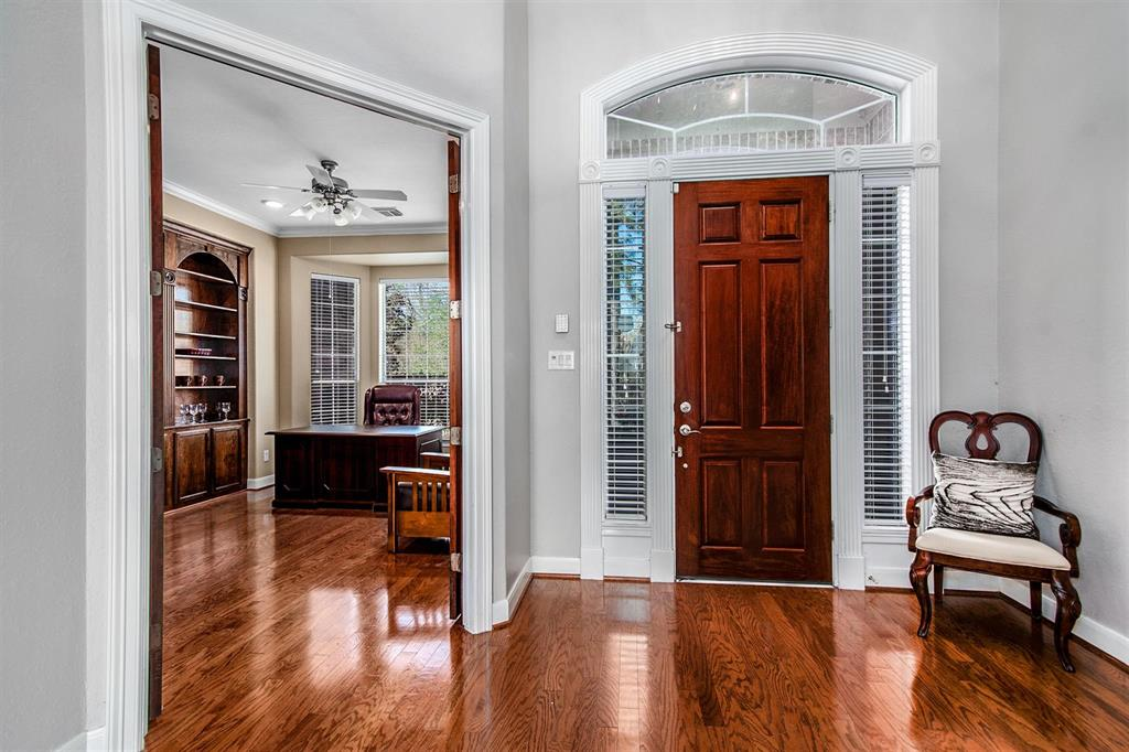 Active | 63 Nocturne Woods Place The Woodlands, Texas 77382 3