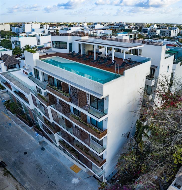 Active   0 Calle 42 Norte #603 Playa Del Carmen, Quintana Roo 77720 10