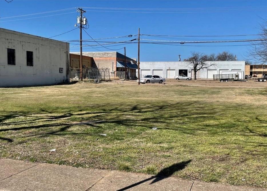 Active | 407 E Avenue G Street #C Killeen, TX 76541 2
