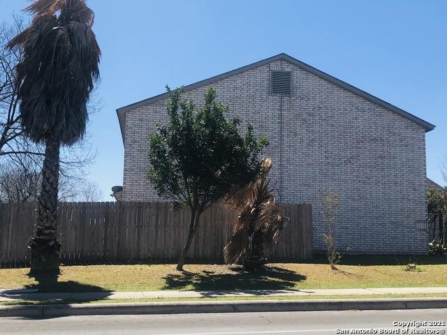 Back on Market   10322 PELICAN OAK DR San Antonio, TX 78254 23