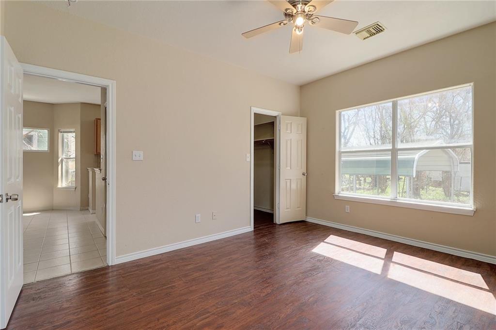 Closed   1606 E 19th Street Georgetown, TX 78626 14