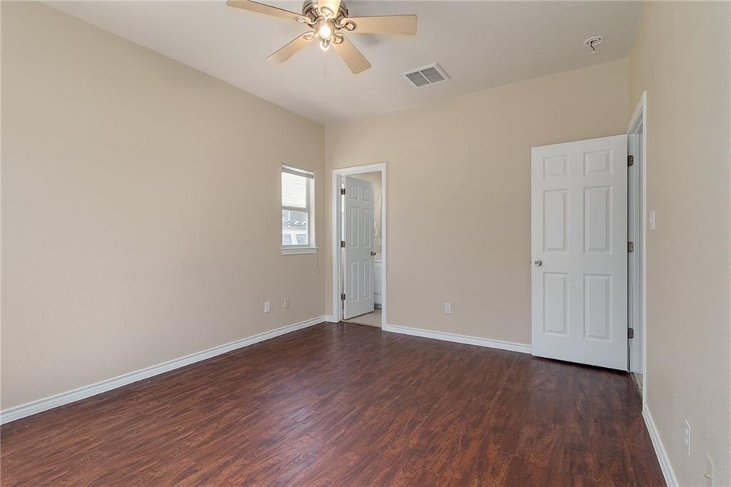 Closed   1606 E 19th Street Georgetown, TX 78626 15