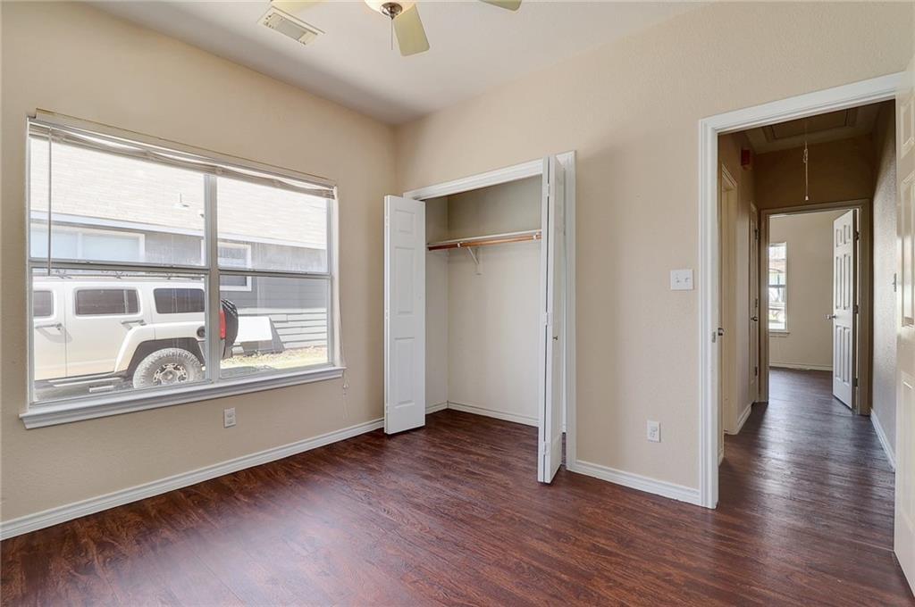 Closed   1606 E 19th Street Georgetown, TX 78626 18