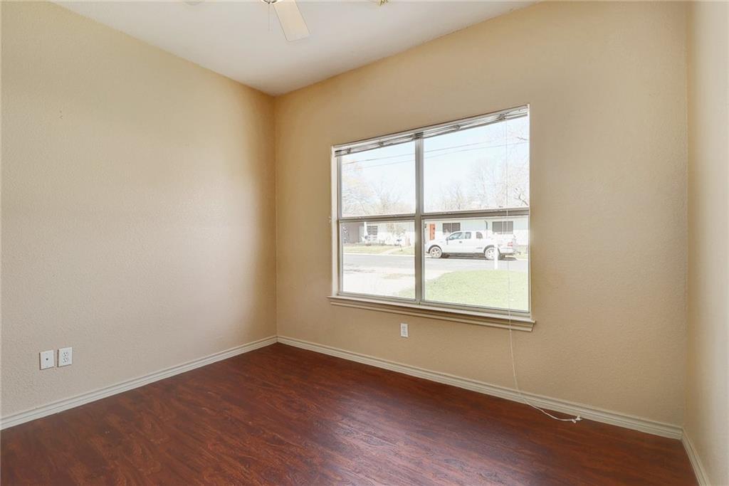 Closed   1606 E 19th Street Georgetown, TX 78626 20