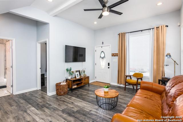 Active Option | 328 CACTUS ST San Antonio, TX 78203 5