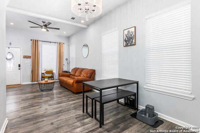 Active Option | 328 CACTUS ST San Antonio, TX 78203 8